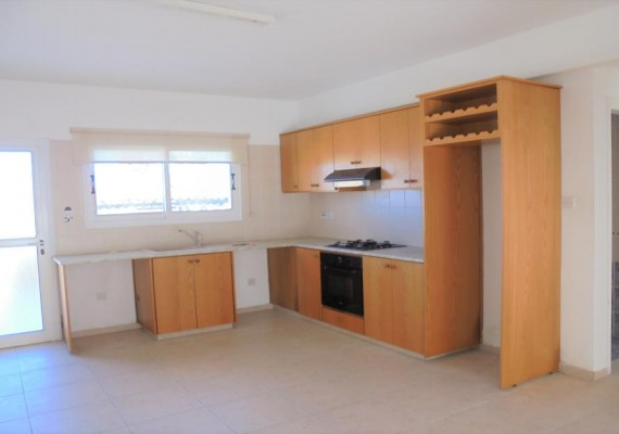 Three-bedroom House (No.112) in Chloraka, Paphos