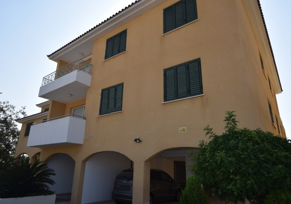 Three-Bedroom Apartment (No.D105) in Tala, Paphos