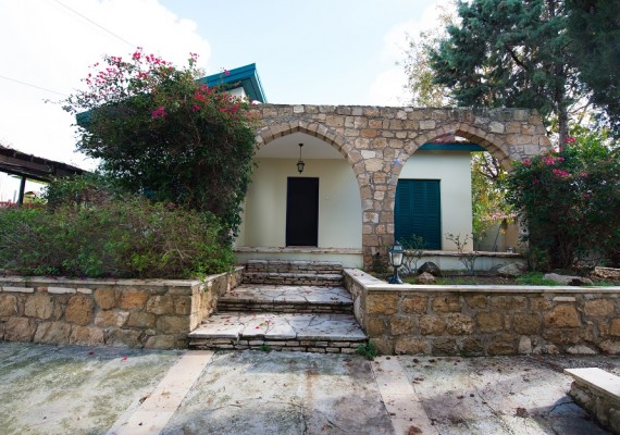 Three-Bedroom House in Tala, Paphos